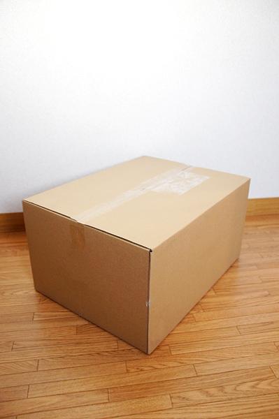 ダンボールのボックス