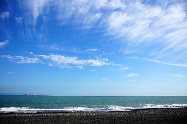 水平線と青い空の写真素材 フリー
