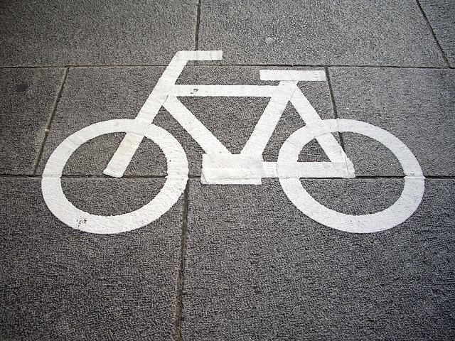 自転車マークの無料写真素材