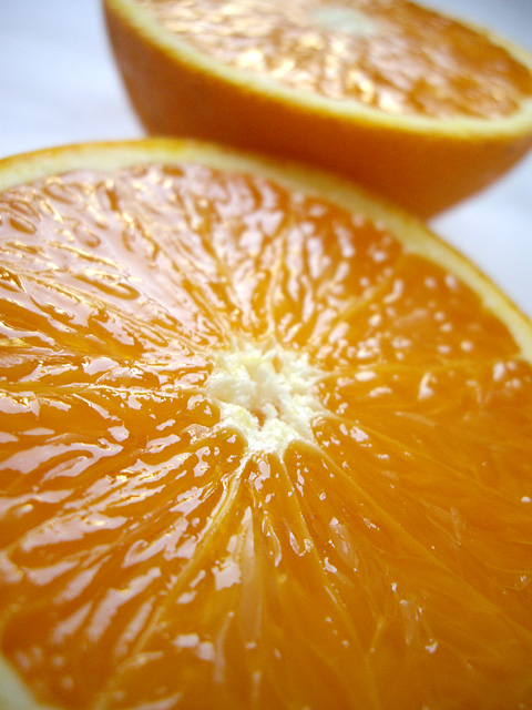 カットしたオレンジの無料写真素材