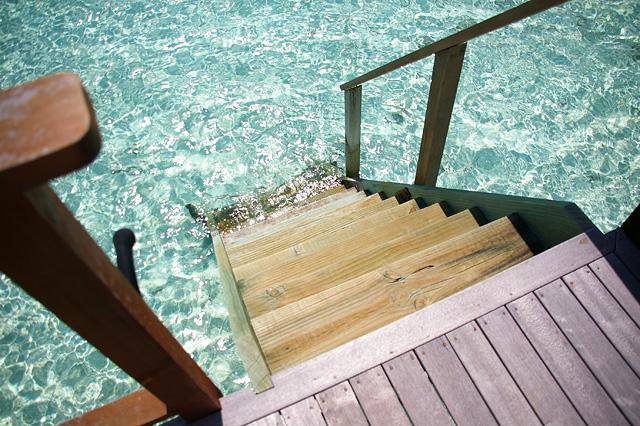 海に続く階段