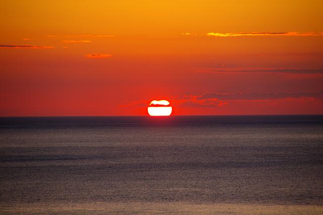 沈みゆく夕日その2