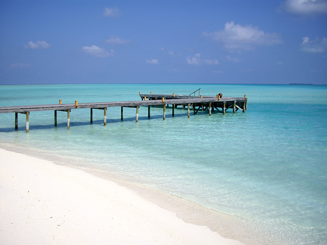 南の島の桟橋