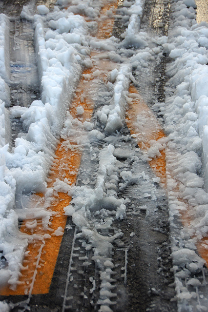 雪と横断歩道