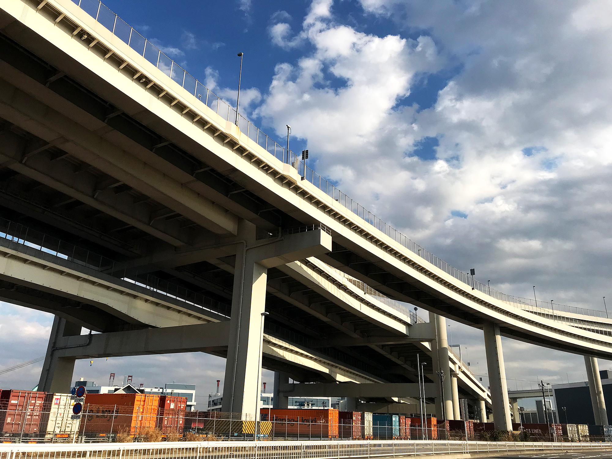 横浜の首都高の写真の無料画像素材