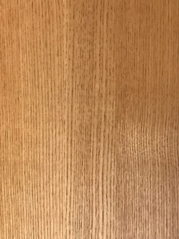 滑らかな板の表面