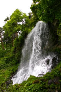 蓼科の乙女滝のフリー写真素材