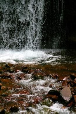 滝つぼのフリー写真素材