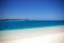 南の島のリゾートの無料素材