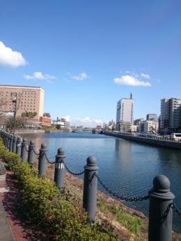 みなとみらいの運河と万国橋