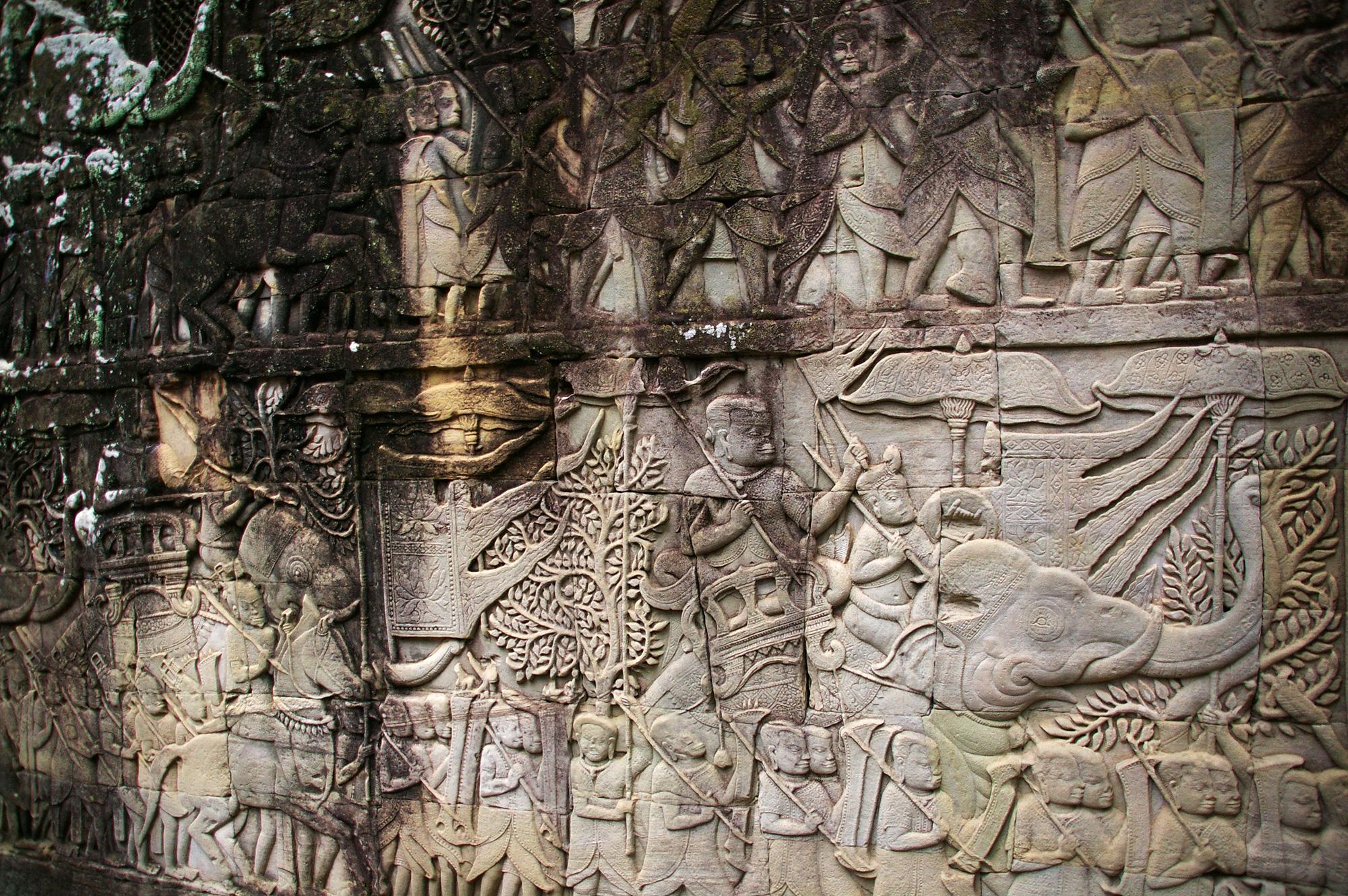 アンコール遺跡のレリーフ