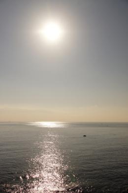 輝く海のフリー写真素材
